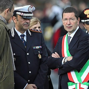 """Capodanno a Roma, l'83,5% dei vigili in turno si mette in malattia. Il comandante: """"Diserzione che infanga l'intero corpo"""""""