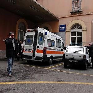 Ambulanze ferme e zero posti letto, nei pronto soccorsi è ancora emergenza