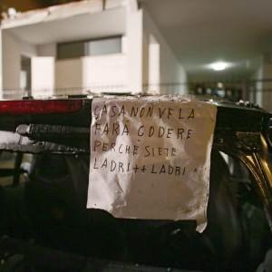 """Esplosione in un palazzo, un morto e 21 feriti. """"Forse atto doloso dopo sfratto"""". Si indaga per strage"""