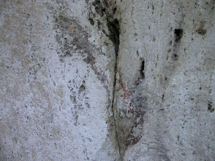 Colosseo, tornano alla luce tinte di rosso nei numeri incisi sulle arcate
