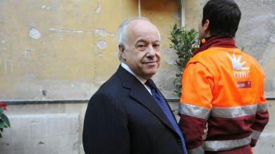 """Mafia Roma , """"Manager al servizio dei clan""""  Odevaine e Panzironi restano in cella"""
