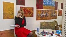 Alessandra Mussolini debutta come pittrice