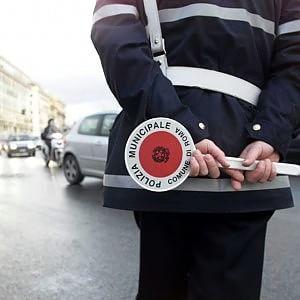 """La denuncia di Cantone: """"Mille vigili su seimila hanno cariche sindacali"""""""