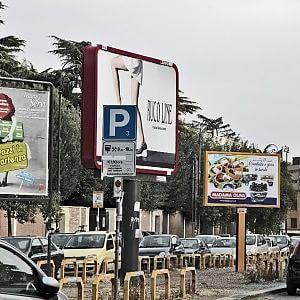 """Cartellopoli, l'assessore Leonori: """"Stop ai maxi-impianti, si parte da San Giovanni"""""""