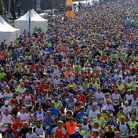 Doppietta kenyota alla mezzamaratona Roma-Ostia, vince Kwemoi. Fra le donne