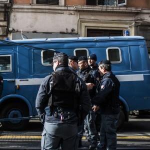 """Allerta terrorismo, Alfano: """"Roma città più a rischio d'Italia, dopo Pasqua 500 uomini in più"""""""