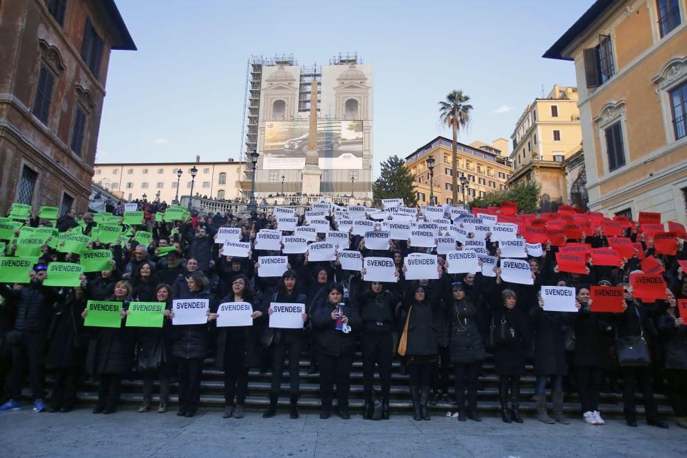 Girotondi e flash mob, a Roma la protesta delle guide turistiche