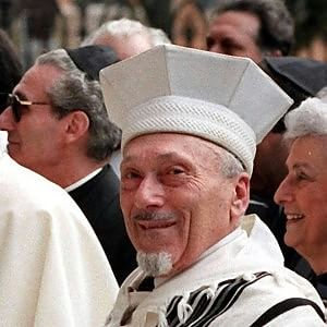 Addio a Elio Toaff, il rabbino più amato. Da partigiano a guida spirituale al grande abbraccio con Wojtyla