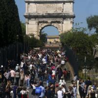 Natale di Roma, la capitale festeggia 2768 anni. Fori pedonali e