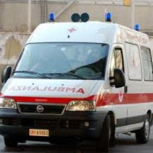 Intossicati dopo la disinfestazione della scuola, undici studenti in ospedale