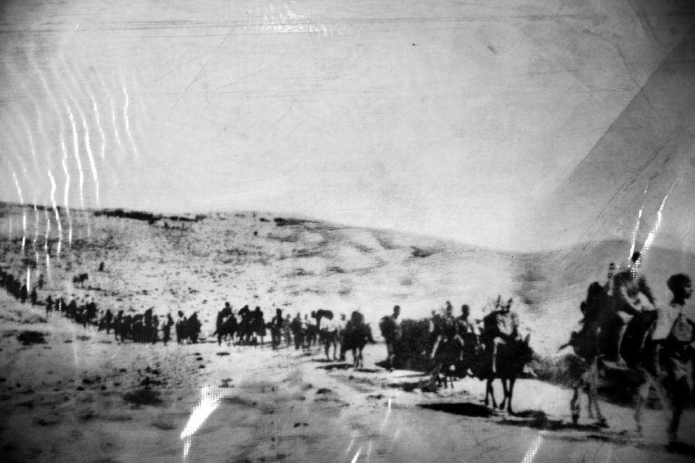 Il genocidio degli armeni nelle foto di Kathryn Cook