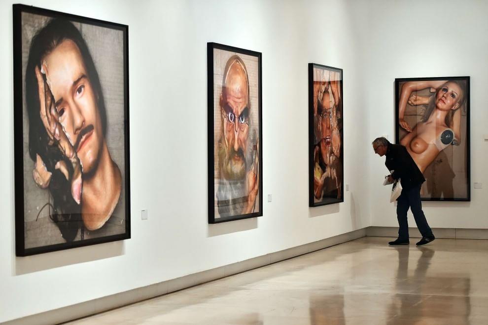 Il mondo onirico e pop di david lachapelle in mostra al for Mostra palazzo delle esposizioni