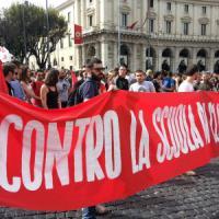 'L'unione fa la scuola. Siamo in 100mila', a Roma in piazza insegnanti, genitori e studenti