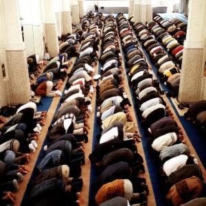 """La proposta di Alemanno: """"A Roma istituire un albo per i luoghi di culto islamici"""""""