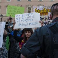 Roma, tensione tra Sentinelle in piedi e attivisti Lgbt