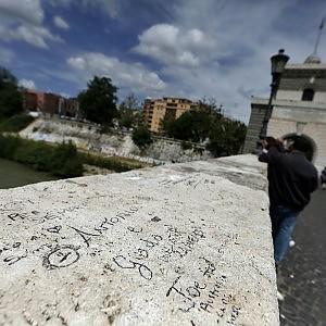 Task force anti writers riapre l 39 ufficio per il decoro for Ufficio decoro urbano roma
