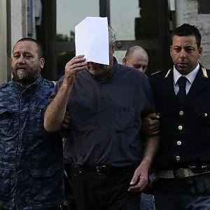 Baby-prostituti a Termini, indagini su un terzo prete. I pm: contatti con ragazzi