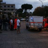 """Salvini torna all'attacco dei rom: """"Raderemo al suolo i campi"""". Sel: """"Fermiamo sciacalli"""""""