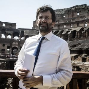 """Colosseo, 5 anni per ricostruire l'arena. E torna il """"monta-belve"""" di Domiziano"""