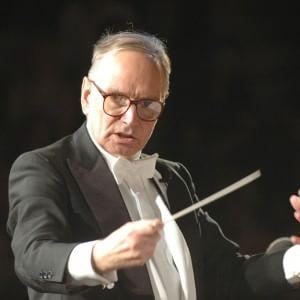 Il concerto per il Papa del maestro Morricone: gremita la chiesa del Gesù
