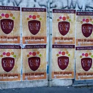 """Manifesti fake di Roma Capitale. Il Campidoglio: """"Saranno rimossi"""". Ma resta l'incognita sulla """"nuova Ztl"""""""