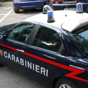 Sgominata banda di spacciatori, gestivano la droga in periferia: nove arresti