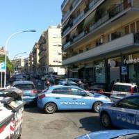 Roma, trovato in strada cadavere chiuso in un sacco