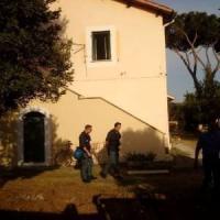 Roma, in arrivo i profughi al Casale San Nicola. Protestano i residenti con Casapound: