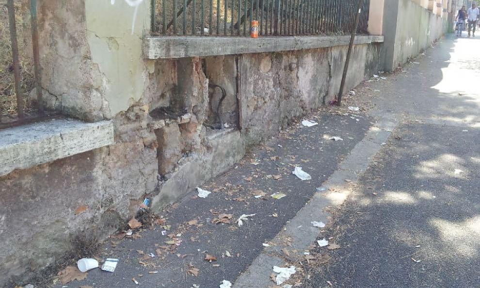 Degrado a Roma, le foto dei lettori / 31