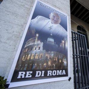 """Dalla banda della Magliana agli intrecci con Mafia Capitale,  ecco chi è il Casamonica """"re di Roma"""""""