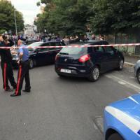 Albano Laziale, uccide la moglie e si spara davanti a una scuola