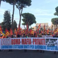 'Vendono Roma a mafia e privati