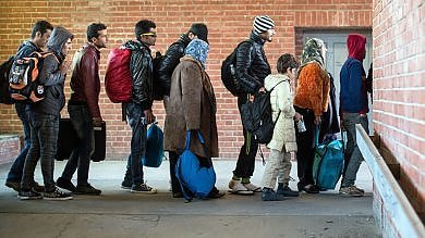 Altre parrocchie si mobilitano: in ottanta ospiteranno profughi come chiesto dal Papa
