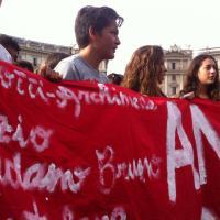 Contro la Buona scuola tornano gli studenti. Tremila in corteo in centro a Roma