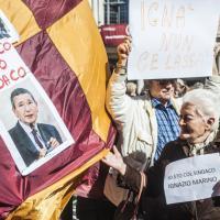 Roma, in piazza del Campidoglio il sit-in dei pro-Marino