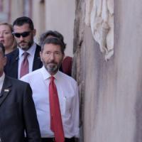 Campidoglio, Marino ha firmato le dimissioni. Ma prima autorizza atti per 10 milioni