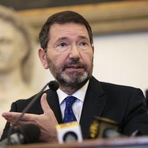 """Caso scontrini, Marino: """"Rifletto sulle dimissioni"""". Orfini: """"La nostra linea non cambia: non può andare avanti"""""""