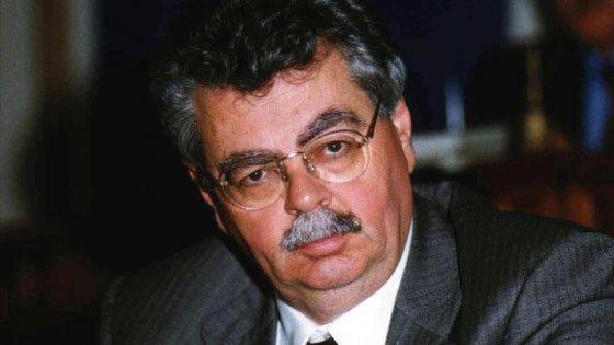 Blitz della Finanza per appalti truccati Anas: 10 arresti. Dirigenti, imprenditori e l'ex sottosegretario Meduri