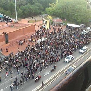 """Roma, guasto alla metro B e stop di due ore. L'ad di Atac: """"Le vittime siamo noi"""""""