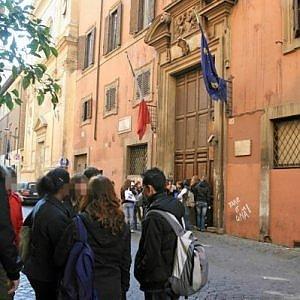 Liceo Virgilio, preside e genitori denunciano l'occupazione