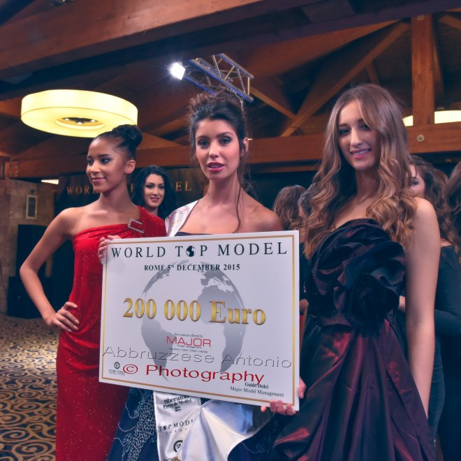 "La  ""World top model 2015"" allo Sheraton Golf Parco de' Medici"