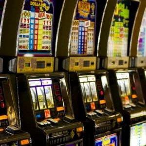 """Le mani delle mafie su videolottery e giochi online: """"Rendono più della droga"""""""