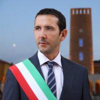 Pomezia, l'appalto dei rifiuti del sindaco grillino alla coop di Buzzi