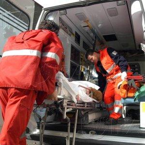 Tarquinia, auto si ribalta sull'Aurelia: morto bambino di tre anni