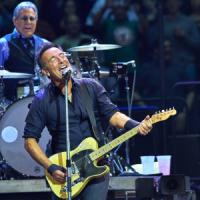 Springsteen cambia idea: il concerto