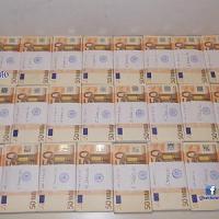 Roma, anziane colte da un malore e soccorse: in casa trovati 200mila euro in contanti