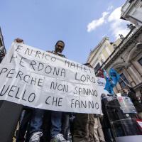 Versalis, i lavoratori di Eni protestano in piazza a Roma