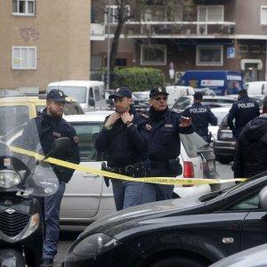 Roma, rapina all'ufficio postale Conca d'Oro: presi i due banditi. Uno è un ex Nar
