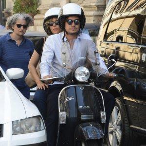 Malore per Riccardo Scamarcio, l'attore finisce in ospedale