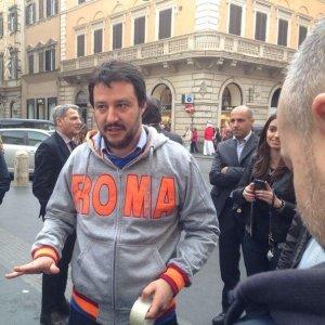 """Roma, spoglio gazebo Lega. Salvini: """"Nessun candidato arriva alla maggioranza: servono primarie"""""""